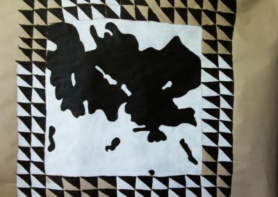 "El tapete de vaca . 3.8""x 5 "" Aprox"